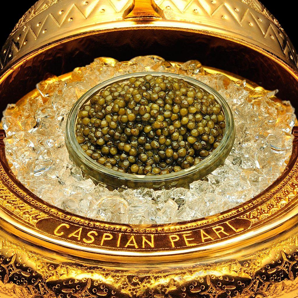 Caspian Pearl. Posts en Instagram para La Marca del Caviar. Caviarera con Caviar Kaluga